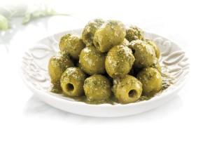 aceitunas-verdes-al-pesto-de-rc3bacula-anchoas-y-tomates-secos-josc3a9-luis-tarc3adn