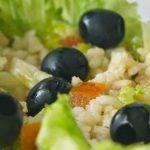 Receta: Ensalada de arroz y aceitunas