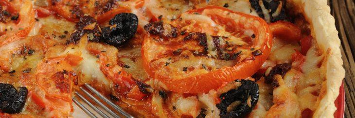 Receta: Tarta de Aceitunas y Cebolla Morada
