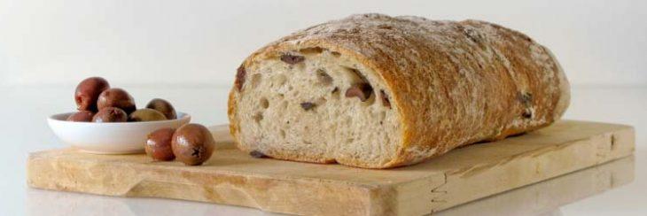 Receta de pan de nueces y aceitunas