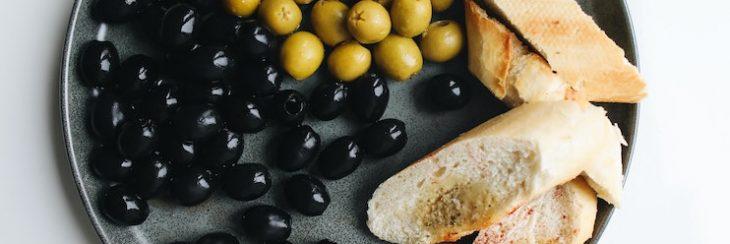calorías aceitunas negras